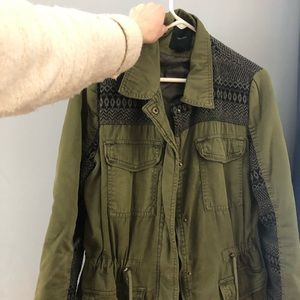 FOREVER 21 LIGHTLY USED ARMY JACKET